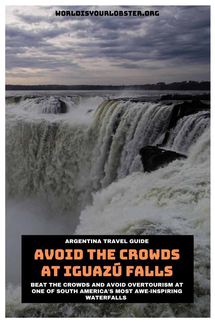 crowds iguazu falls